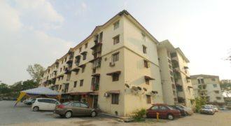 Apartment Taman Mawar, Taman Kinrara 5 (TK5) Puchong