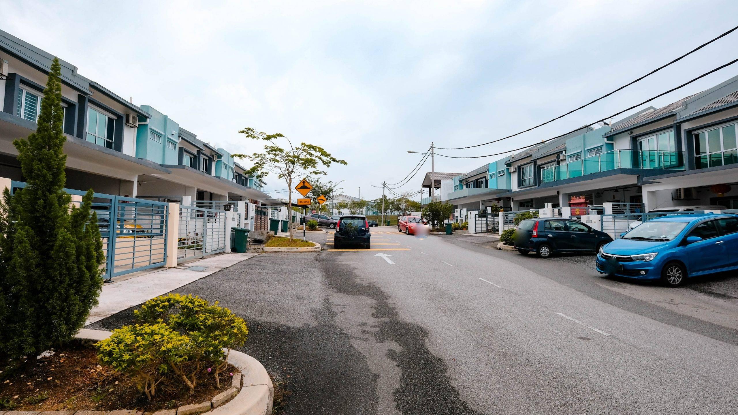 Double Storey End Lot ,Hillpark 3 , Kajang , Semenyih – Phase 4 (Michella)