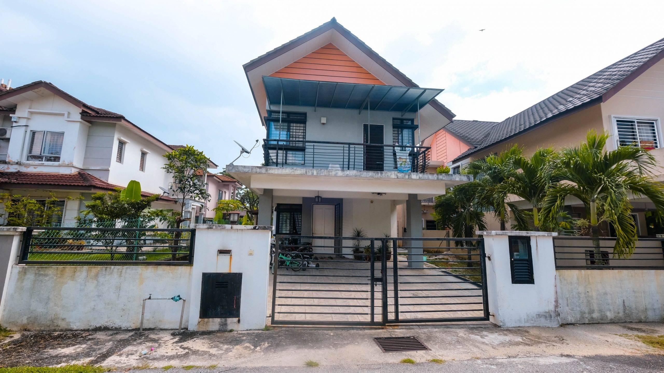 2 Storey Semi Detached ,Semidara Residence , Saujana Utama 3 (SU3) ,Sungai Buloh