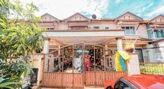 Double Storey Terrace ,Lorong Az Zaharah , Seksyen 10 Puncak Alam