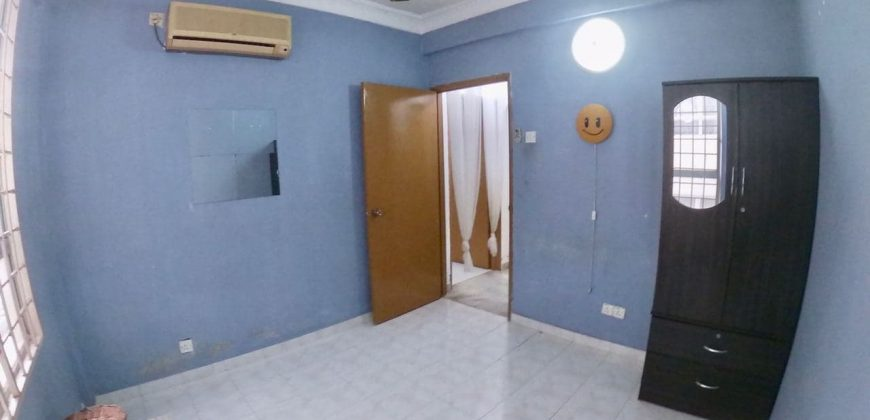 Fully Renovated Apartment Cemara, Kajang Utama, Kajang