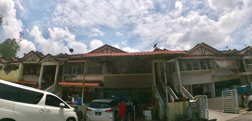 Townhouse Taman Bukit Saga