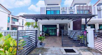 Double Storey Endlot Taman Saujana KLIA, Kota Warisan Sepang.