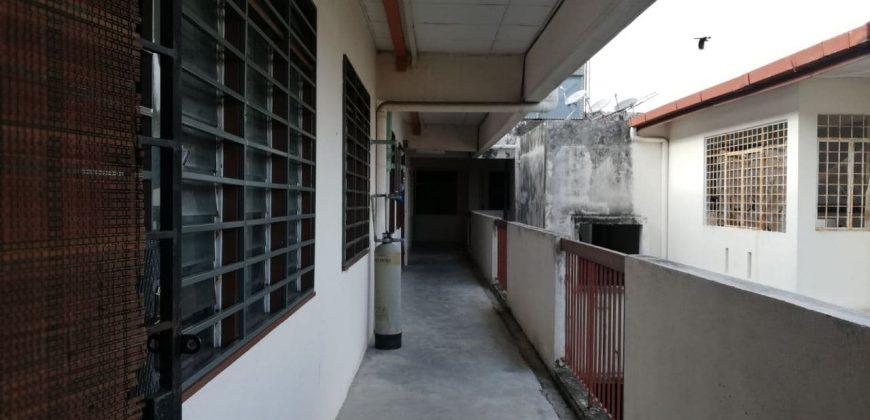 Pangsapuri Seri Mawar Bandar Seri Putra Kajang, Selangor