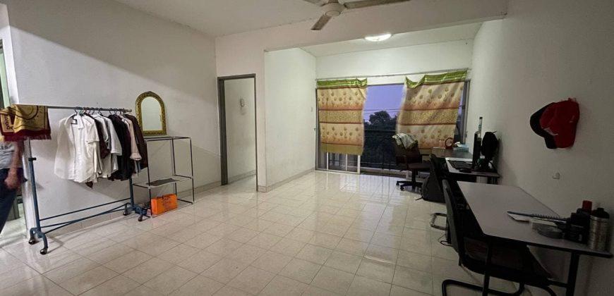 Apartment Baiduri, Seksyen 7, Shah Alam, Selangor.