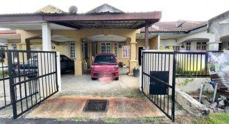 Lorong Mahkota Impian, Fasa 1 Puncak Alam Selangor.