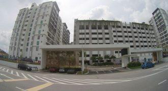 Puncak Hijauan Condominium, Taman Universiti, Kajang, Selangor.