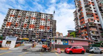 Pangsapuri PKNS SS8 , Petaling Jaya, Selangor.